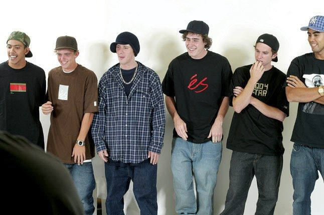 2004 Es Team 1 1