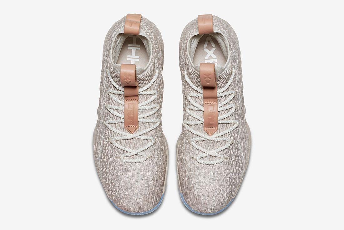 Nike Lebron 15 Ghost 3
