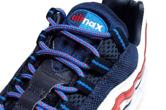 Am95 London Union Jack Closeup