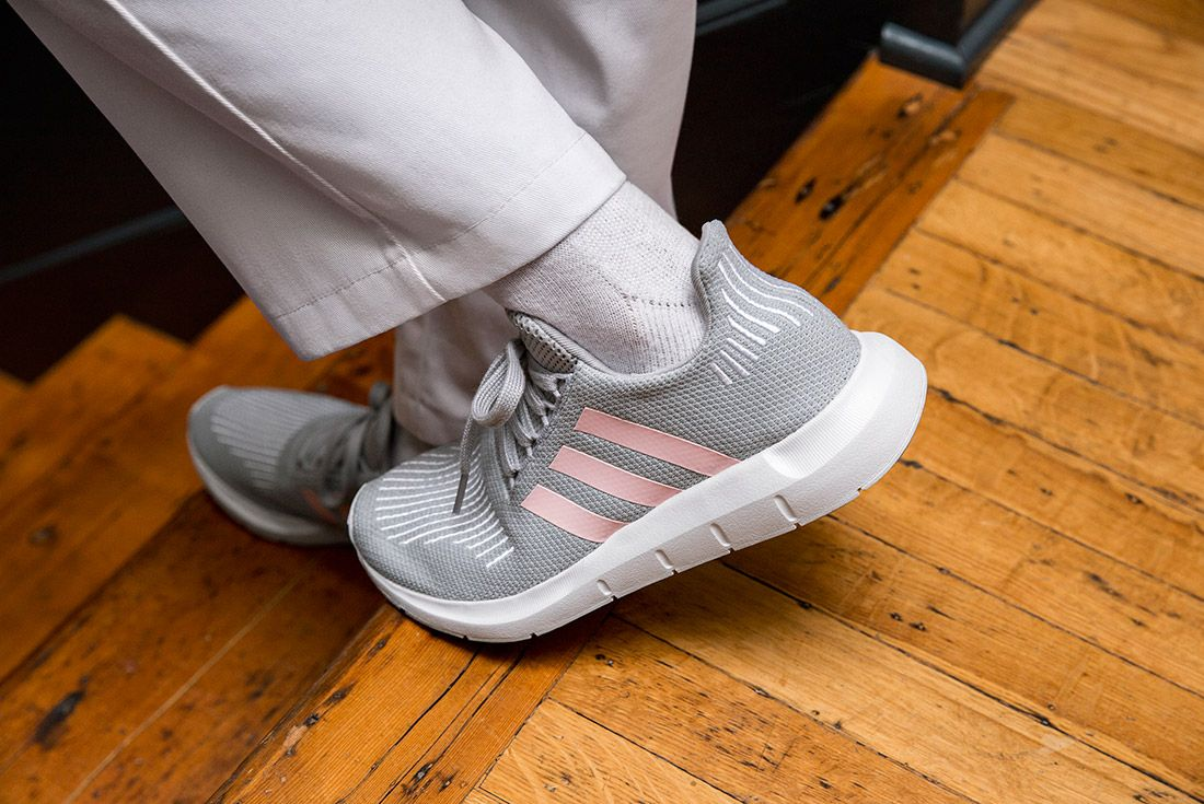 Adidas Swift Run 7 1