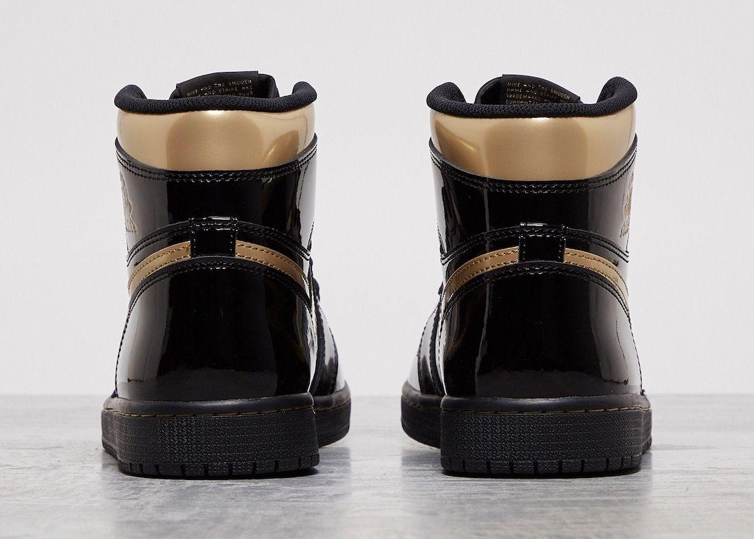 Air Jordan 1 Black Metallic Gold Heel