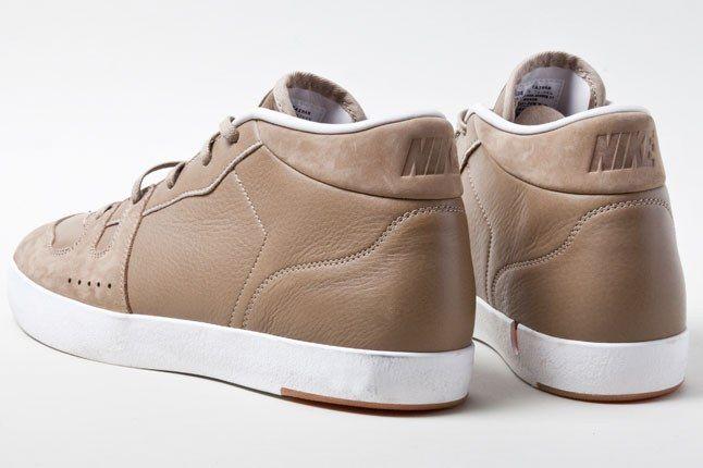 Nike Manor Khaki 4 1