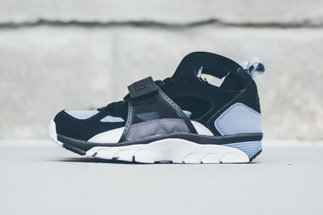 Nike Huarache Trainer Black Grey Bumper 5