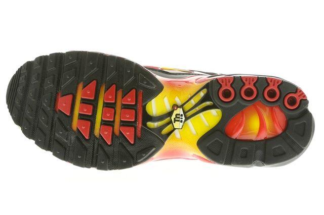 Nike Air Max Plus Atomic Bomb