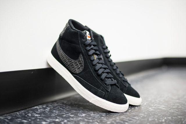 Nike Blazer Mid Black Sail 2