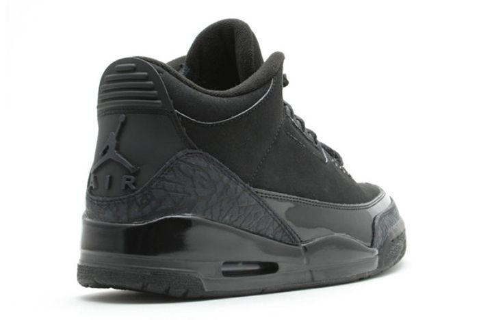 Air Jordan 3 Black Cat