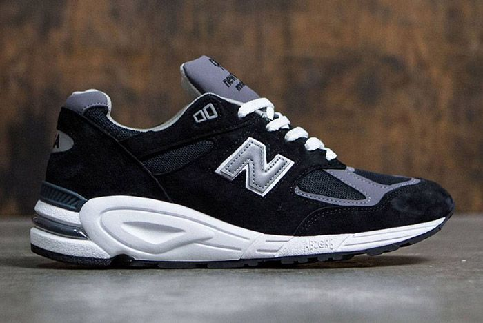 New Balance 990 V2 Black 2