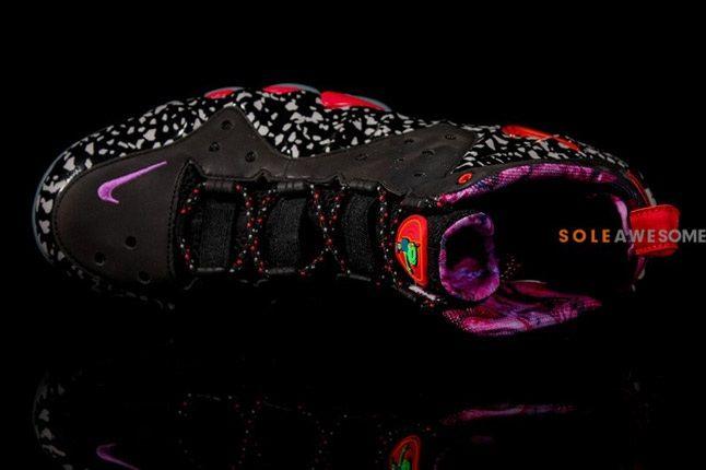 Nike Barkley Posite Max Galaxy Raygun On Side 1