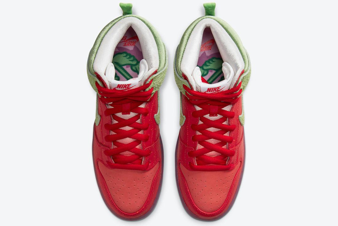 Nike SB High 'Strawberry Cough' official shots