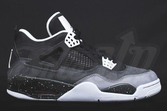 Air Jordan 4 Oreo Profile 1