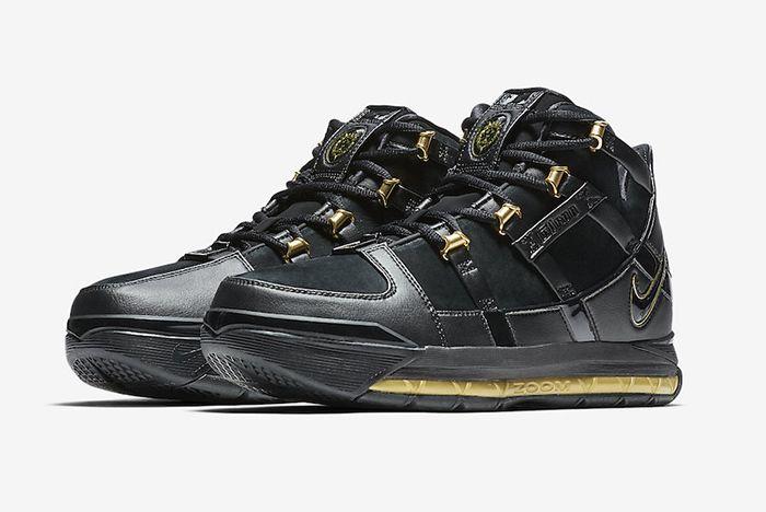 Nike Zoom Lebron 3 Black Gold 2018 Retro 1