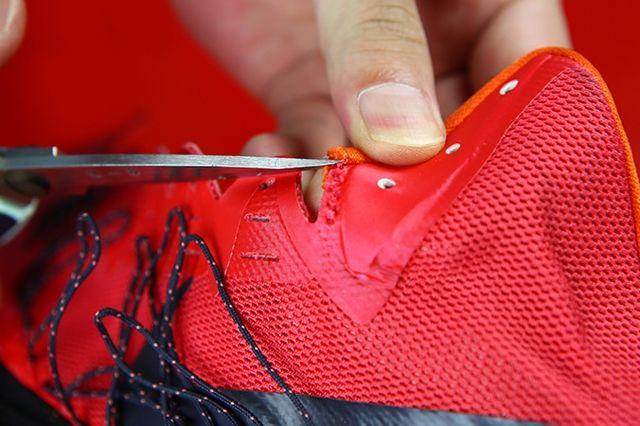 Nike Hyperdunk Sneaker Dissection 3