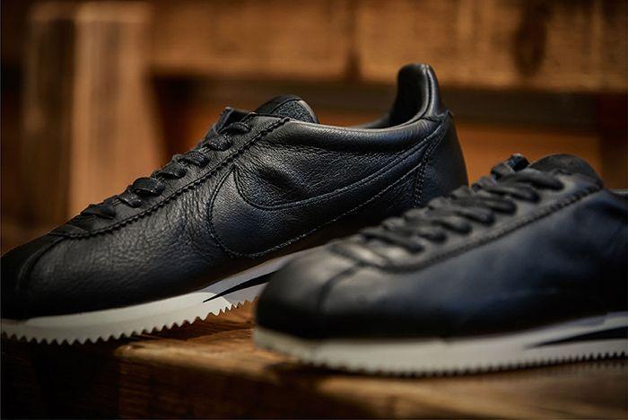 Billys Nike Classic Cortez Premium 2