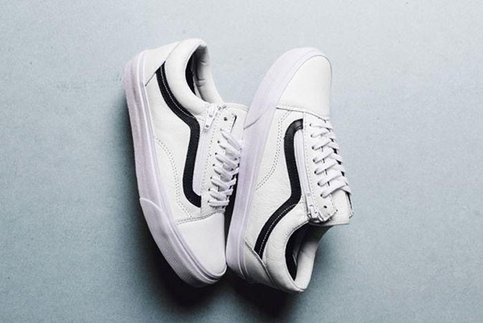 Vans Old Skool Zip White Black 02 620X435