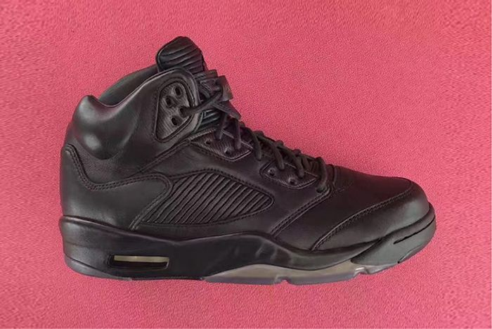 Air Jordan 5 Premium Triple Blackfeature