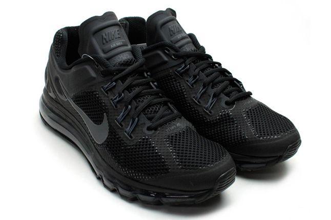 Nike Air Max 2013 Black Pair 1