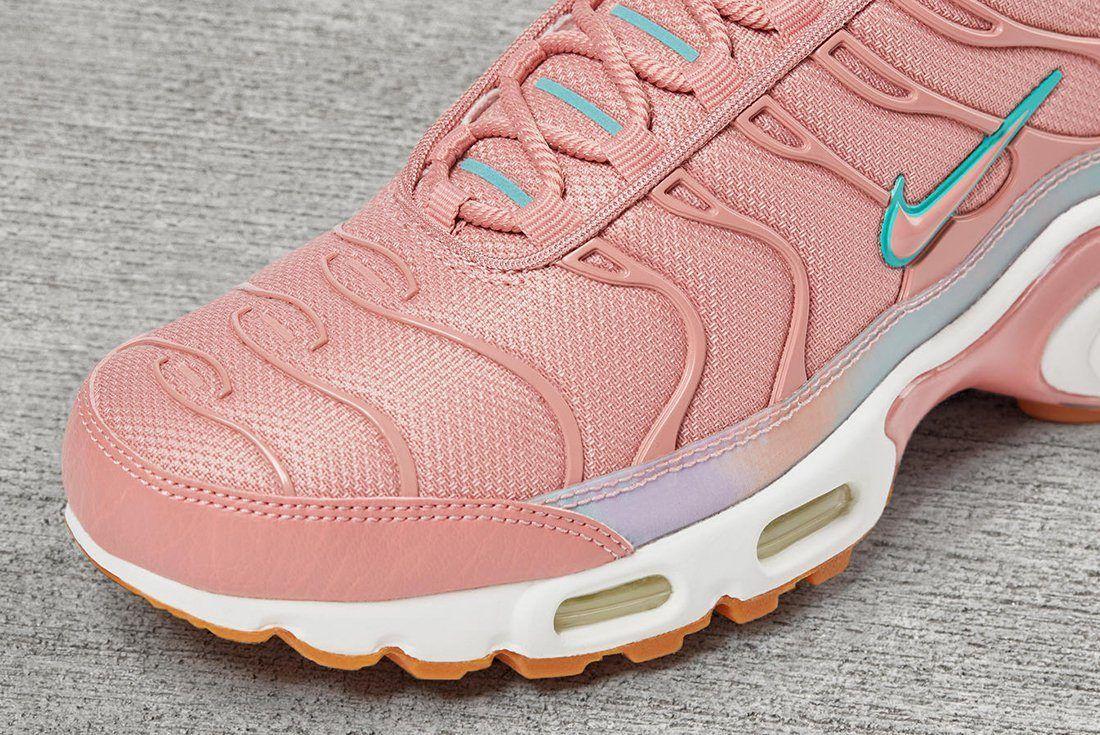 Nike Unleash A Trio Of Colour Changing Air Max Plus Make Ups9