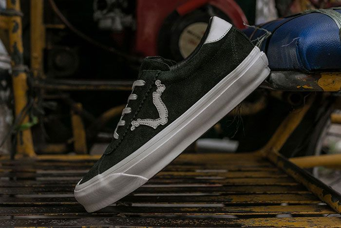 Blends Vans Vault Epoch Lx Angled Lateral Side Shot