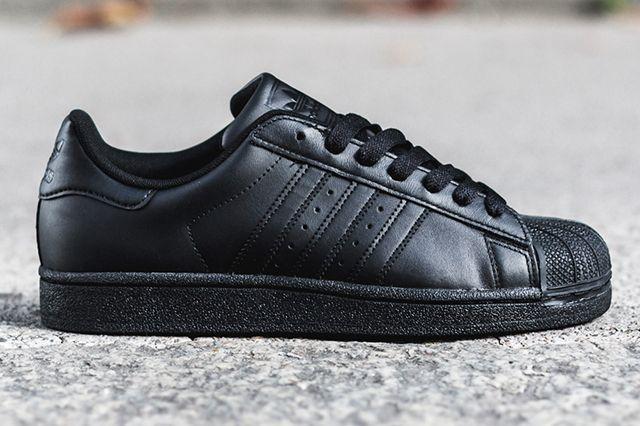 Adidas Superstar Triple Black
