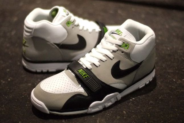 Nike Air Trainer 1 2012 Chlorophyll Side Pair 1