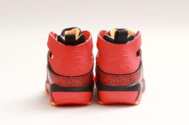 Nike Air Tech Challenge Huarache Light Crimson 2
