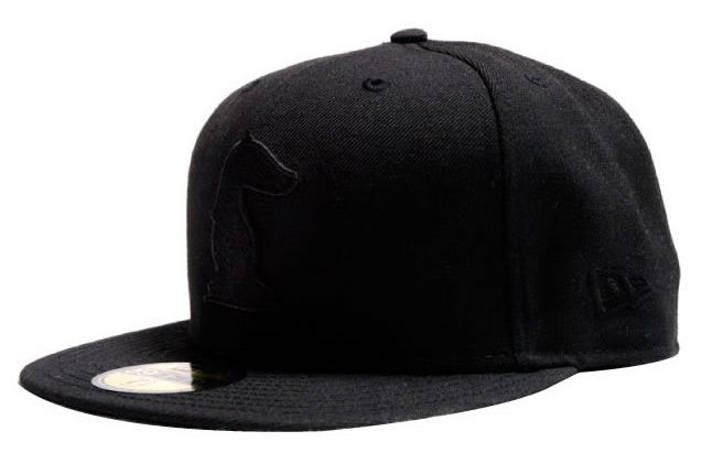 Akomplice New Era Rook 1