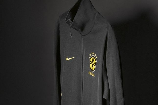 Nike Brazil World Cup Nsw 15 1
