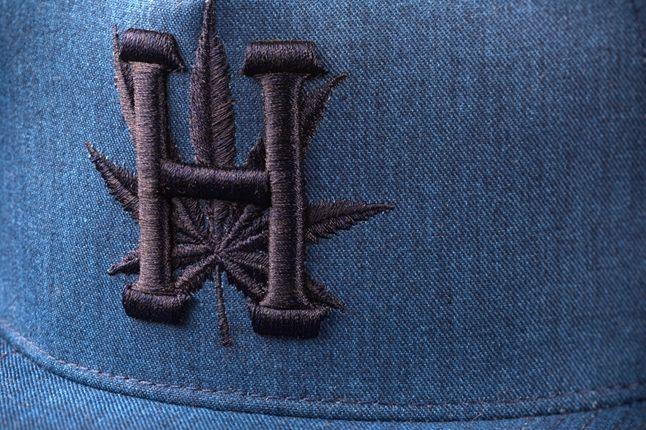Huf Snoop Snapback Blue Detail 1