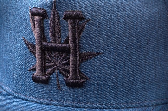 Huf Snoop Snapback Blue Detail 1