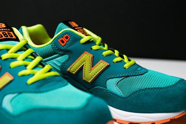 New Balance 580 Neon Pack 8