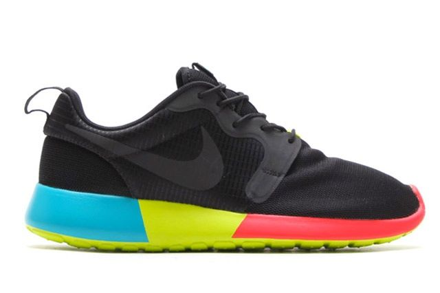 Nike Roshe Run Hyperfuse Black Venom Green 1