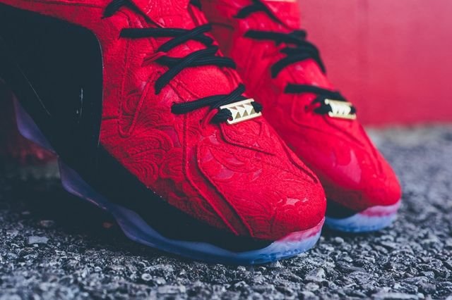 Nike Lebron 12 Ext Red Paisley 1