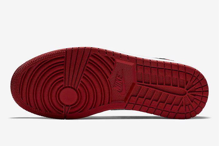 Air Jordan 1 Low Black Toe 553558 116 3
