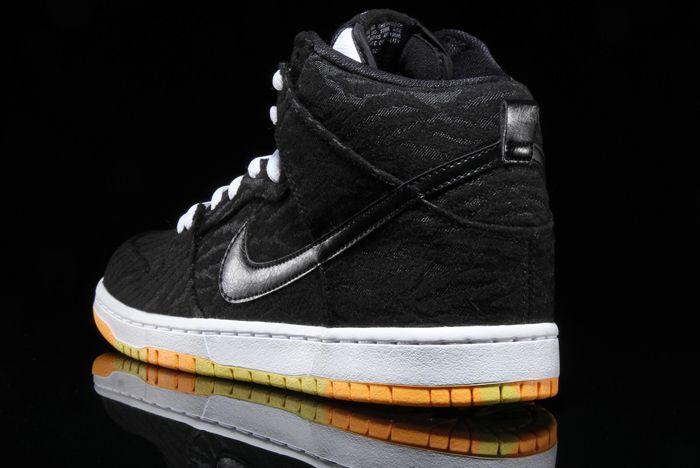 Nike Sb Dunk High Skunk 5