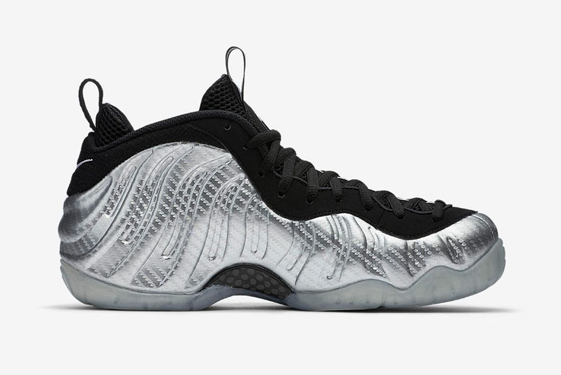 Nike Air Foamposite Metallic 4
