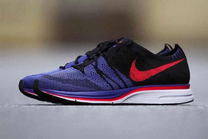 Nike Flyknit Trainer Red Purple Black 10