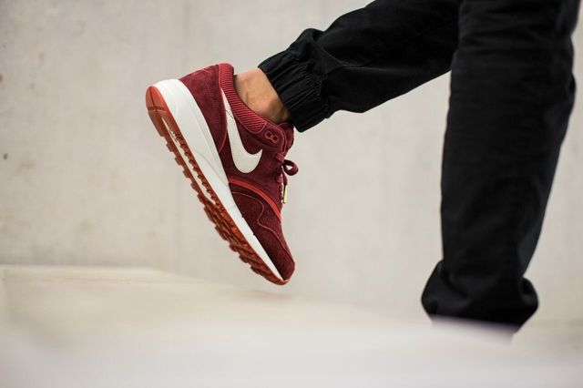 Nike Air Odyssey Team Red 3