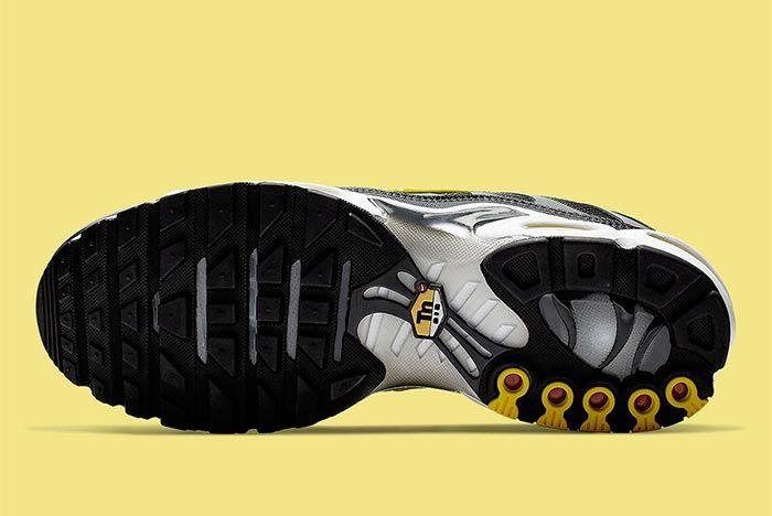 Nike Air Max Plus Bumblebee Sole Shot 2