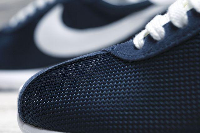 Fragment Nike Roshe Run Bump 4