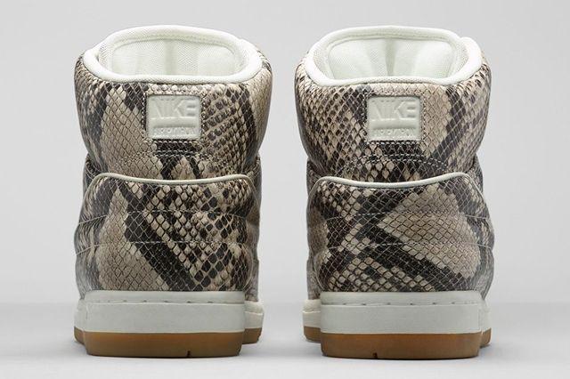 Nike Air Python Gum Light Brown 1