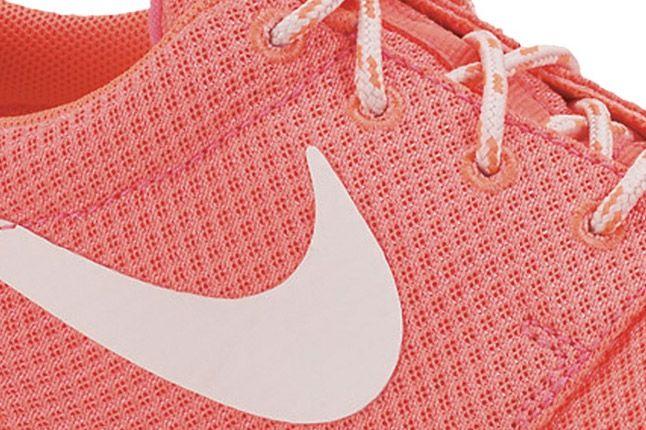 Nike Roshe Run Womens Hot Punch 02 1