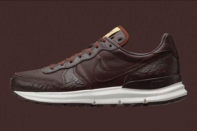 Soph X Nike Lunar Internationalist 4