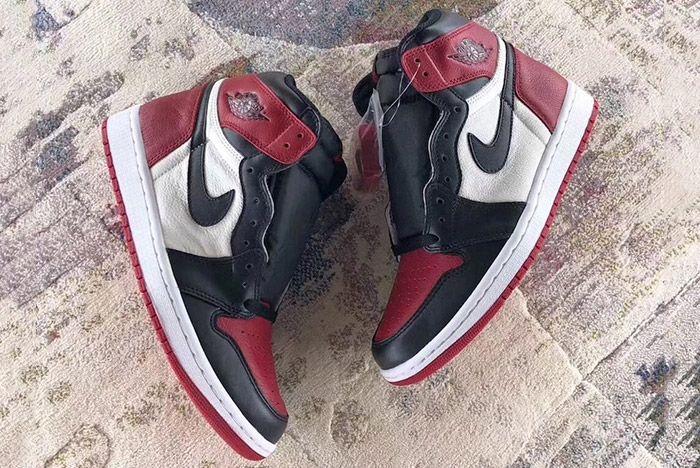 Air Jordan 1 Bred Toe Sneaker Freaker 2