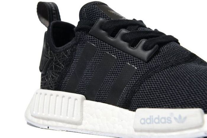 Jd Sports Drops New Womens Exclusive Nmd R1S11