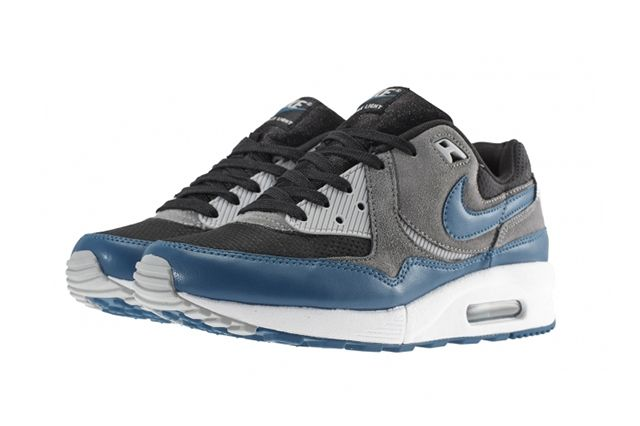 Nike Air Max Light Green Abyss 1