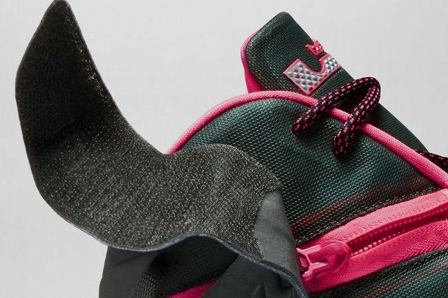 Nike Zoom Soldier 8 Black Pink 5