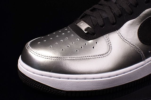 Nike Air Force 1 Low Metallic Silver 4