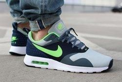 Nike Am Tavas Flash Lime Obsidian Thumb