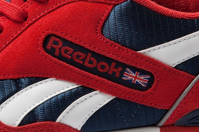 Reebok Gl6000 Red Side Logo 1