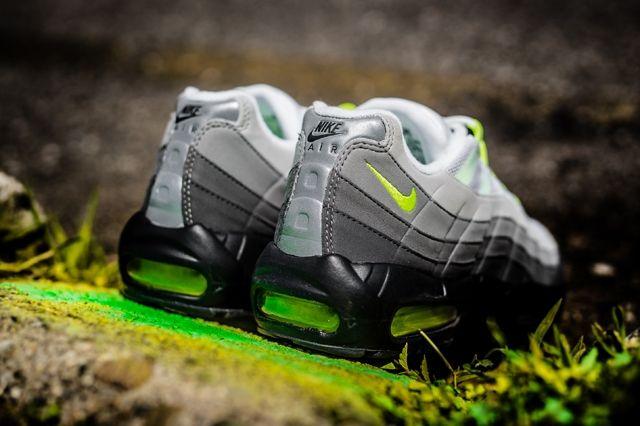 Nike Air Max 95 Og Neon Bumper 2